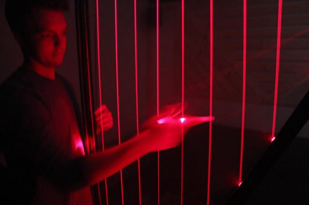 Laser Harp in action-SoundSnap