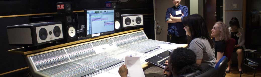 Women's Audio Mission WAM-SoundSnap