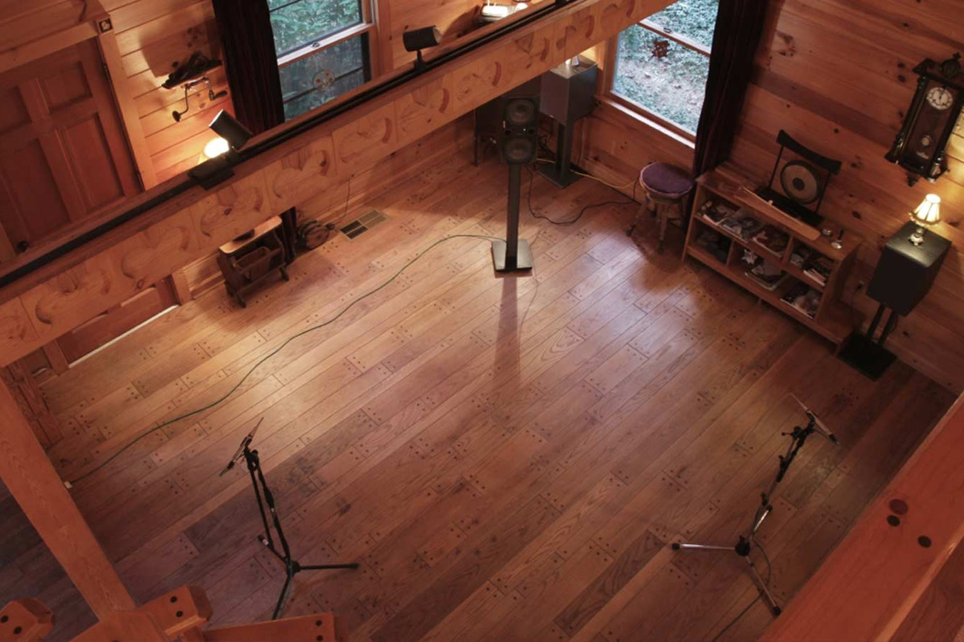 image of impulse response recording in a wooden home