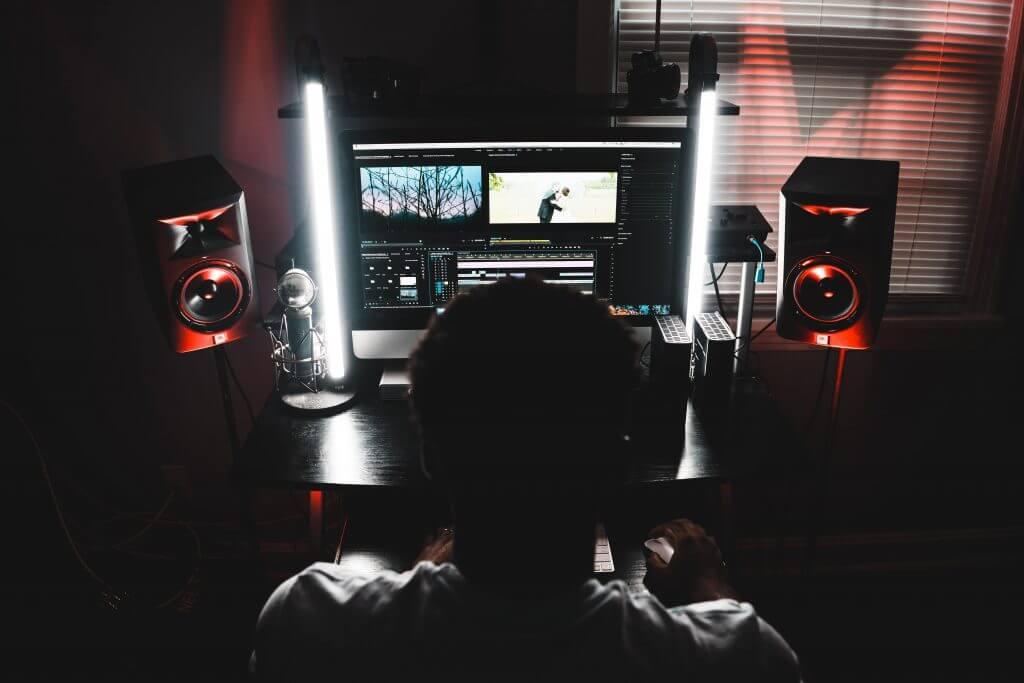6 Best Premiere Pro Plugins 2019 - Soundsnap Blog